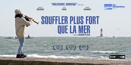 SOUFFLER PLUS FORT QUE LA MER (2017) de Marine Place